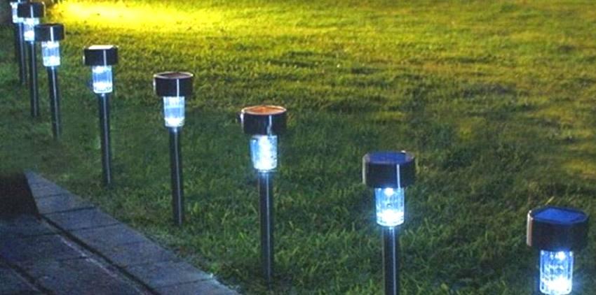 Stainless Steel LED-ulkovalaisin aurinkokennolla ja liiketunnistimella